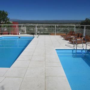 Hotel Pictures: La Villa Inn, Estancia Vieja