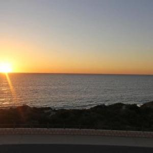 Hotellbilder: Quinns Beach Stay One, Jindalee