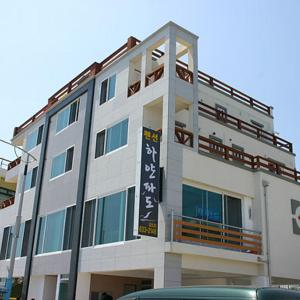Fotografie hotelů: White Wave Pension, Sokcho