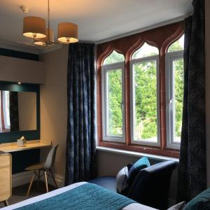Hotel Pictures: The Hideaway At Windermere (Adults only), Windermere