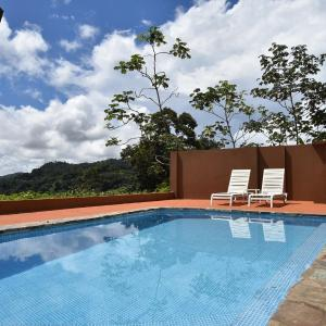 Hotel Pictures: Pacific View Villa in Dominical, Barú