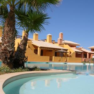 Hotel Pictures: Albatros 3 - Casa Alvares, Mar de Cristal
