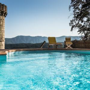 Hotel Pictures: la maison des orangers, Payzac