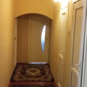 Фотографии отеля: Zarafshon Apartment, Душанбе