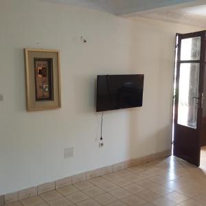 Fotos do Hotel: Le Petit Chalet Hotel, Conakry