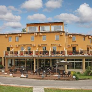 Hotel Pictures: Le Logis Du Chateau, Vaison-la-Romaine