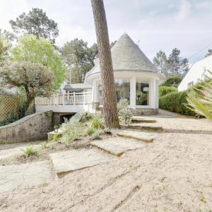 Hotel Pictures: House close the Beach in La Baule, La Turballe