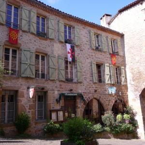 Hotel Pictures: Chambres d'hôtes l'Escuelle des Chevaliers, Cordes-sur-Ciel