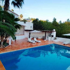 Hotel Pictures: Villa Can Furnet Ibiza, Can Furnet