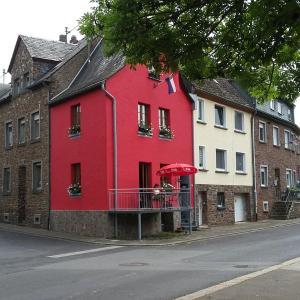Hotelbilleder: Vakantiehuis 'het rode huis', Treis-Karden