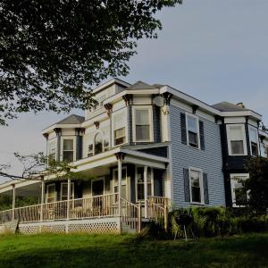 Hotel Pictures: Four Winds Bed and Breakfast, Bocabec