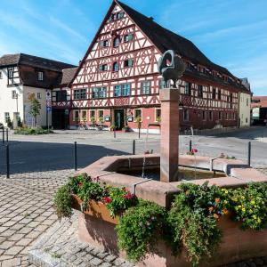 Hotelbilleder: Hotel u. Restaurant der Schwan, Schwanstetten