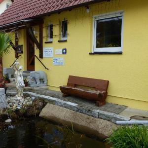 Hotel Pictures: Ferienwohnung Walter, Albstadt
