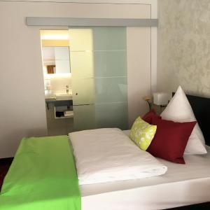Hotel Pictures: Waldgasthof St.Wolfgang, Sinning