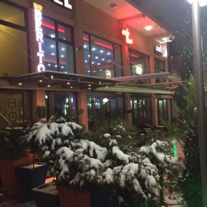 Hotellikuvia: Hotel Berito, Momchilgrad