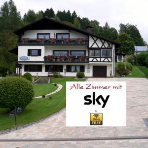 Hotel Pictures: Gästehaus Riedl, Warmensteinach