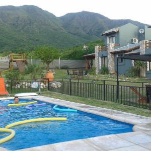 Hotellbilder: Cabañas Refugio Uritorco, Capilla del Monte