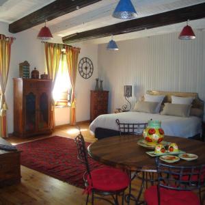 Hotel Pictures: D'Ici et D'Ailleurs, Cordes-sur-Ciel