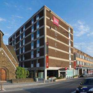 Hotel Pictures: ibis Mons Centre Gare, Mons
