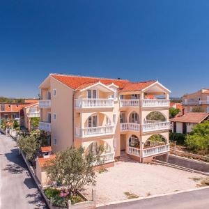 Fotos do Hotel: Apartments Bačić, Vodice