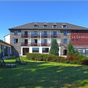 Hotel Pictures: Hôtel La Gazelle, Besse-et-Saint-Anastaise