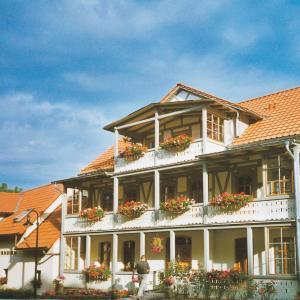 Hotel Pictures: Hotel Pension Am Kurzentrum, Bad Suderode
