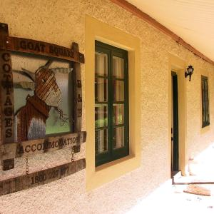 Hotel Pictures: Goat Square Cottages, Tanunda