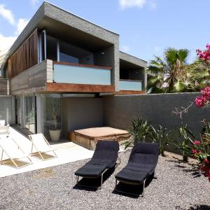 Hotel Pictures: Duplex La Jollita, La Mareta