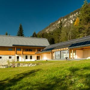 Hotel Pictures: Der Weber - Haus der Zukunft, Hermagor