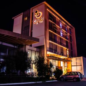 Hotel Pictures: Open Hotel, Quillota