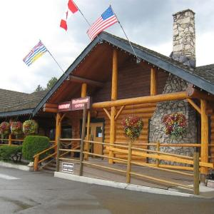 Hotel Pictures: Cariboo Lodge, Clinton