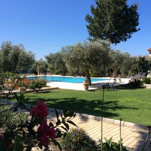 Hotel Pictures: Olive Garden, Lapithos