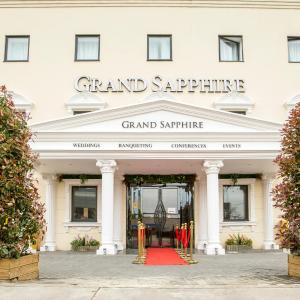 Hotel Pictures: Grand Sapphire Hotel & Banqueting, Croydon