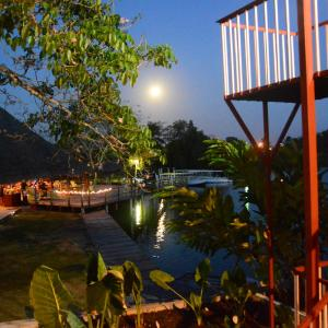 Hotel Pictures: Lamanai Hotel & Marina, Orange Walk