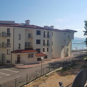 Hotellikuvia: Apartment ELENA Puerto Balchik, Balchik