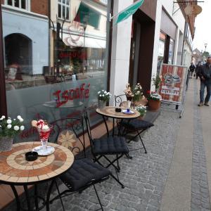 Hotel Pictures: Sleep & Coffee, Præstø