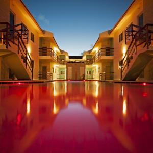 Hotel Pictures: Manga Verde Beach Apartments, Itamaracá