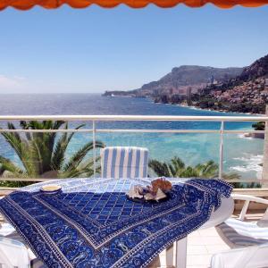 Hotel Pictures: Ferienwohnung Roquebrune.Cap Martin 111S, Roquebrune-Cap-Martin