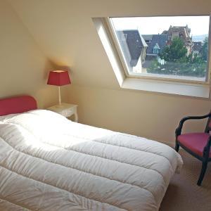 Hotel Pictures: Apartment Les Terrasses de Tourgeville, Tourgeville