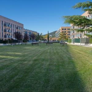 Hotel Pictures: Apartamentos en Pamplona 2, Pamplona