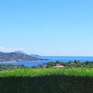 Hotel Pictures: Holiday Home Les Arbousiers, La Nartelle
