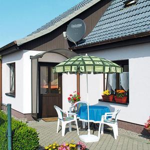 Hotelbilleder: Ferienhaus Remplin 100S, Alt Panstorf