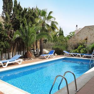 Hotel Pictures: Ferienhaus Cala Murada 185S, Cala Murada