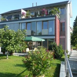 Hotel Pictures: Ferienwohnung Koch Thurgauer Weg, Reichenau