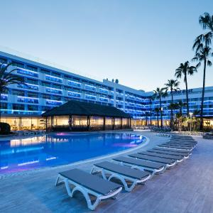 Hotel Pictures: Hotel Best Maritim, Cambrils