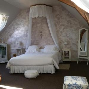 Hotel Pictures: La Maison des Lizas, Neuil