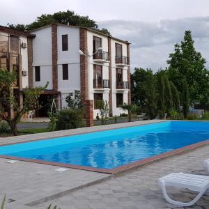 Hotellikuvia: Shaloshvili's Cellar Hotel, Shilda