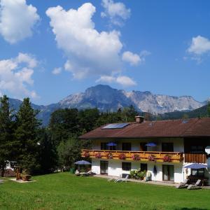 Hotel Pictures: Gästehaus Schmuckenhof, Marktschellenberg
