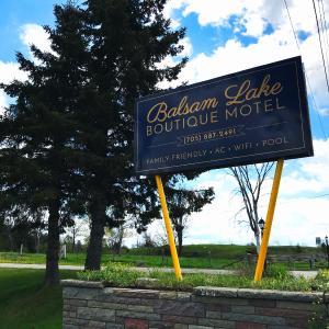 Hotel Pictures: Balsam Lake Boutique Motel, Fenelon Falls