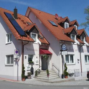 Hotel Pictures: Landhotel am Mühlenwörth, Tauberbischofsheim